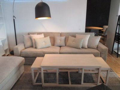 SOFA NEW YORK + PUFA GRATIS SITS