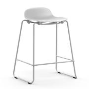 Krzesło Barowe Form Na Lakierowanych Płozach Białe Normann Copenhagen
